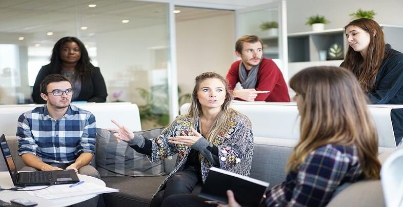 Πώς να γίνεις αγαπητός στους συναδέλφους σου | jobstoday.gr