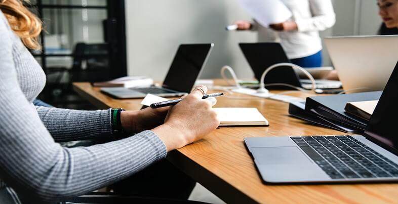 Προσλήψεις στο ιδιωτικό και στο δημόσιο τομέα | jobstoday.gr