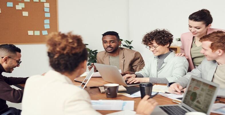 Πως θα ξεχωρίσεις και θα γίνεις πολύτιμος στη δουλειά | jobstoday.gr