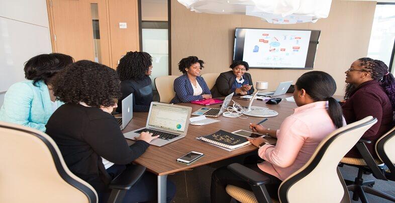 Έχεις παρουσίαση στη δουλειά; Πώς θα εντυπωσιάσεις | jobstoday.gr