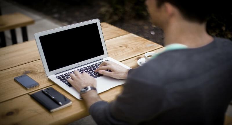 Αυτοπεποίθηση στην εργασία: tips ενίσχυσης | jobstoday.gr
