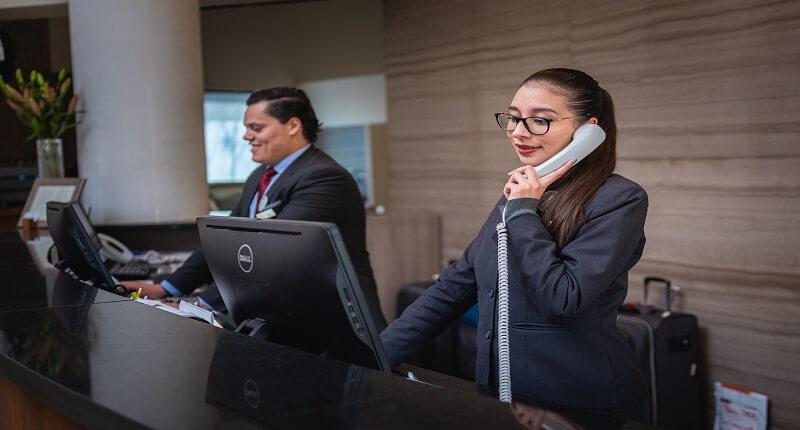 Υπάλληλος ξενοδοχείου: επιλέξτε τον κατάλληλο | jobstoday.gr