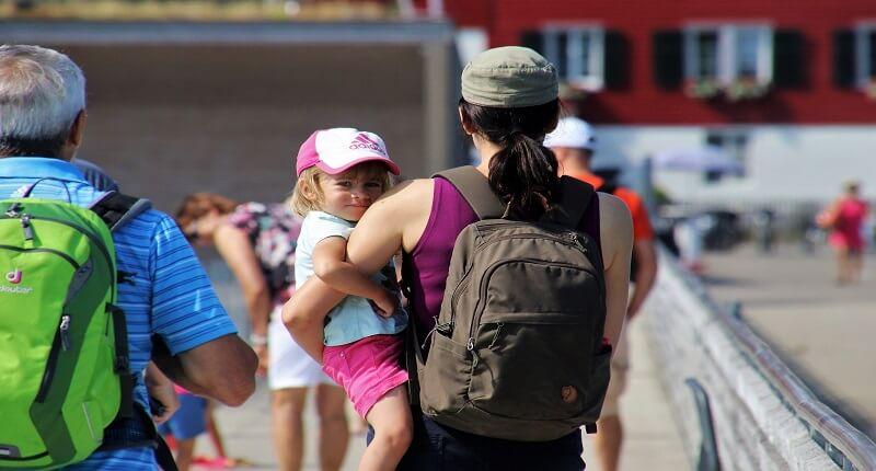 ΕΣΠΑ: Πρόγραμμα στήριξης εργαζόμενης μητέρας | jobstoday.gr